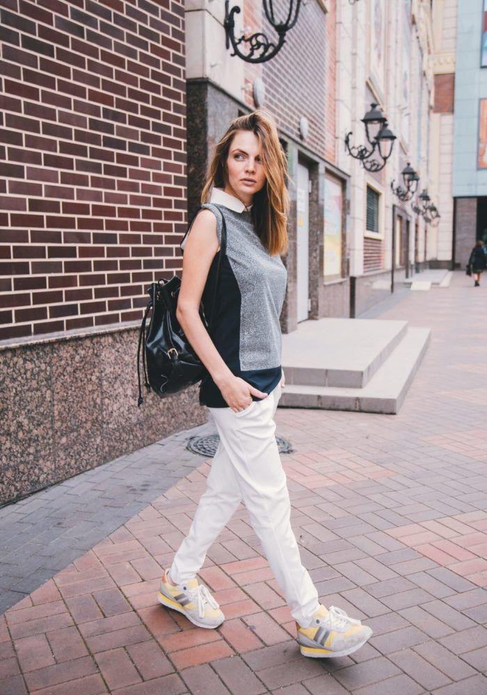 Белые брюки в спортивном стиле
